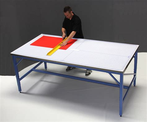 commercial fabric cutting table iron man 4x8 production cutting table with rhino cutting mat