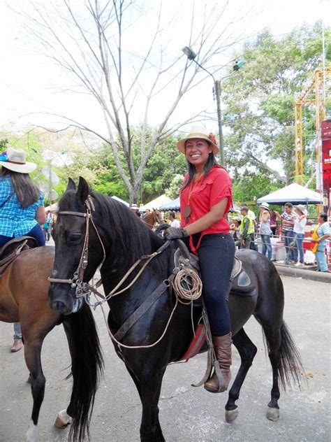 Mamadas Y Cabalgata De Reversa De Culona 8mamcab Mamada Y Cogida A Chica De Monterrey