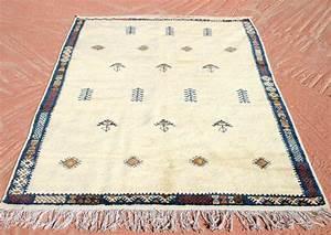 Teppich Aus Schafwolle : reserviert berber rugs pinterest berber teppiche marokkanische teppiche und wollteppiche ~ Markanthonyermac.com Haus und Dekorationen