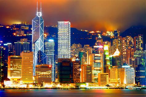 Victoria Harbor Pictures, History & Facts