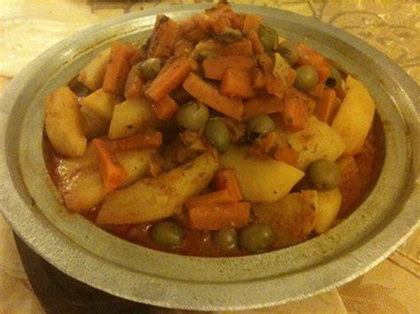 tajine de poulet aux pommes de terre et carottes couzina