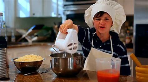 reason kids shouldnt cook unsupervised humor bit