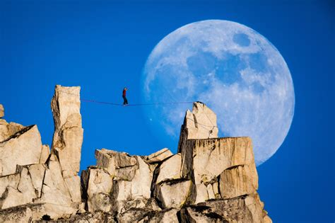 Pictures Highlight Climber Dean Potter Extreme Moments
