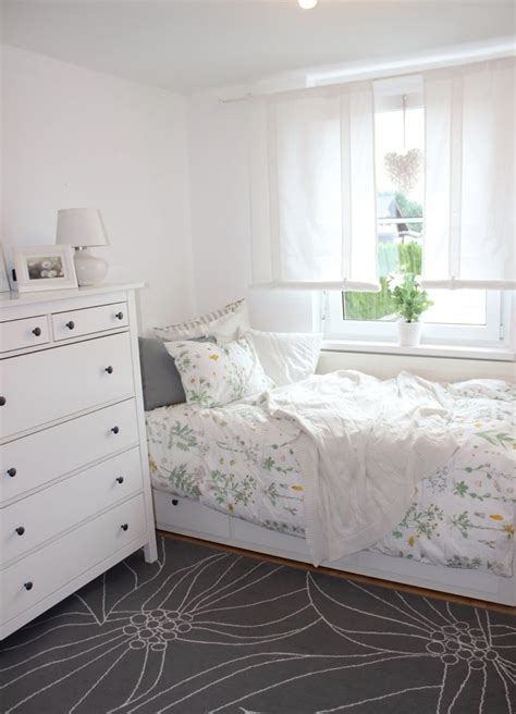 Spare Bedroom Inspiration by Pin By Holvorson On Pink Room In 2019