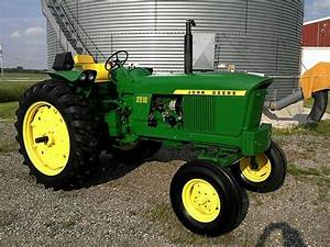 1000  Images About Old John Deere Tractors On Pinterest