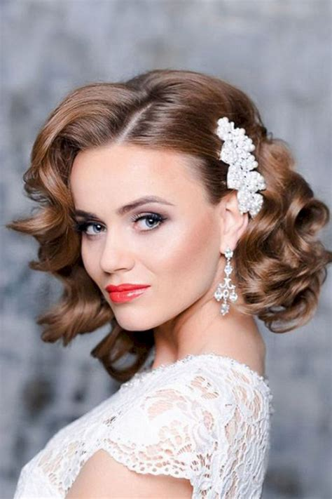 bridesmaid hairstyle short hair oosile