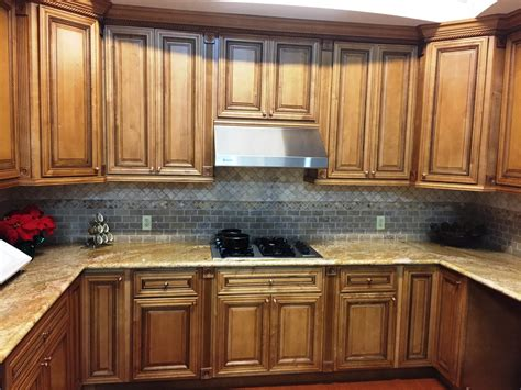 maple glazed kitchen cabinets mocha glazed maple kitchen cabinets 7352