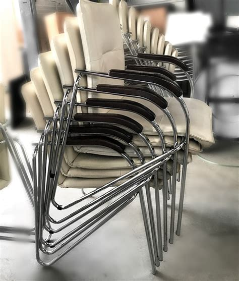 Chaises En Cuir Blanc by Chaise Empilable En Cuir Blanc Occasion Tricycle Office