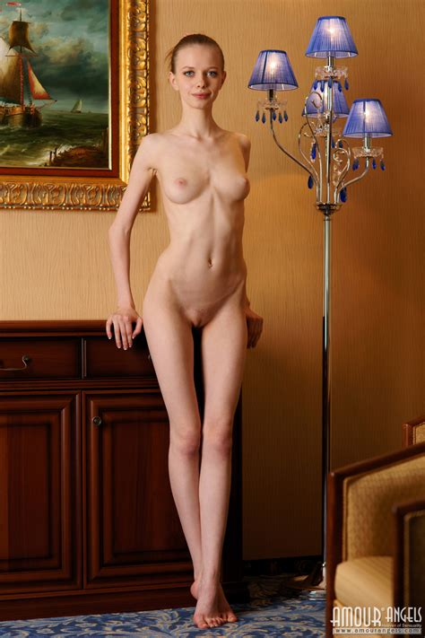 Super Slim Tall Girl Showing Her Fine Naked Body In Her