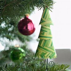 Weihnachtsdeko Basteln Papier : weihnachtsdeko basteln kinderleichte ideen f r baumanh nger ~ Lizthompson.info Haus und Dekorationen