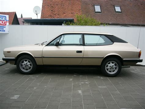 View Of Lancia Beta Hpe 2000ie Photos Video Features
