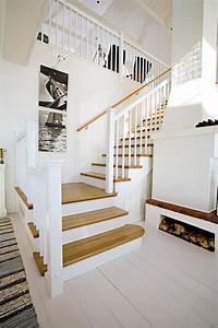 Kleine Treppe Kaufen : dekor schwarz treppe home design ideen ~ Lizthompson.info Haus und Dekorationen