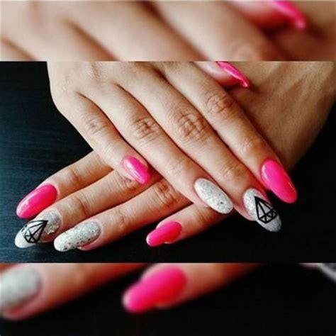nägel weiß rosa unhas de gel formato redondas tamanho grandas cor rosa brilhantes aplica 231 227 o desenho