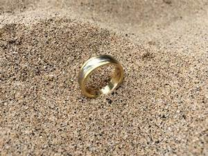 lost men39s wedding ring found in the ocean at beach 69 With found wedding ring