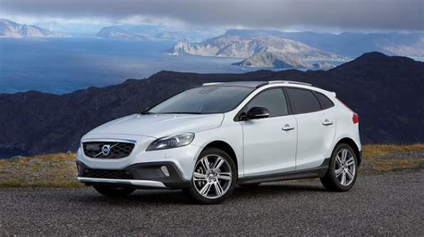 volvo  cross country review rendered price specs
