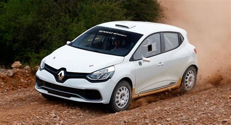 renault clio rally car renault previews new clio r3t rally car ahead of 2014