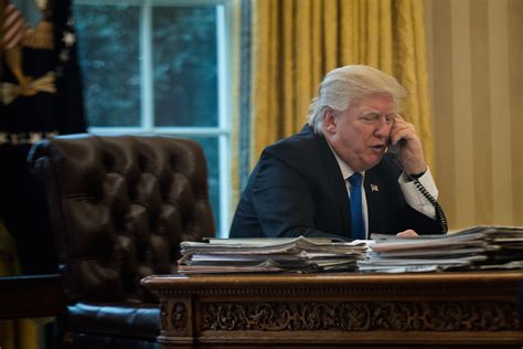 Coke Button In Oval Office Summons A Butler