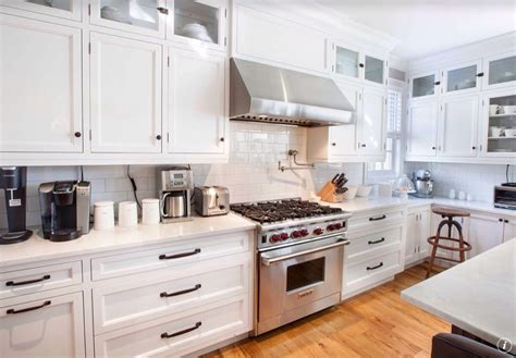 dura supreme kitchen cabinets traditional kitchen with dura supreme cabinetry highland 6987