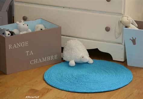 chambre bleu p騁 tapis rond au crochet ateliernat créations déco loisirs créatifs