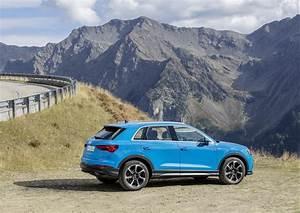 Audi Q3 Coffre : audi q3 testbericht sp rbar gr sser geworden ~ Medecine-chirurgie-esthetiques.com Avis de Voitures