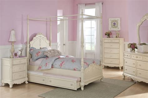 Homelegance Cinderella Ecru Wood Girls Canopy Poster Bed