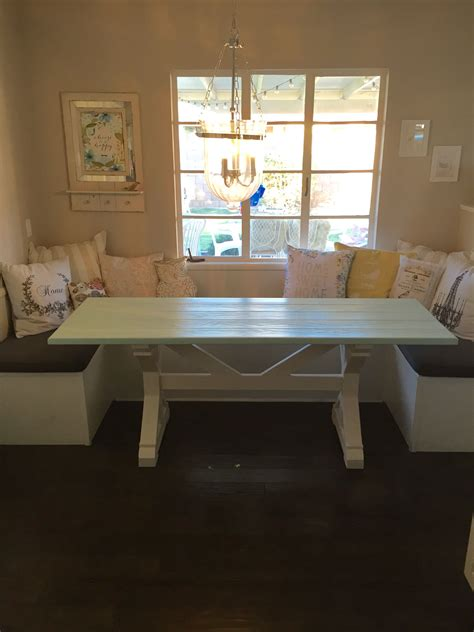 hand   farmhouse table  breakfast nook