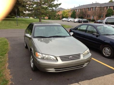 1998 toyota camry mpg purchase used 1998 toyota camry le sedan 4 door 2 2l low