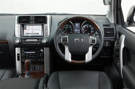 Toyota Land Cruiser V8 2008-2011 Interior