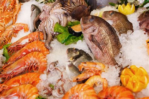 where to get fresh seafood fresh seafood on ice free stock photo public domain pictures