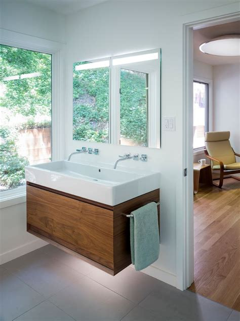 Bathroom Layout Sink by Best 25 Small Vanity Ideas On