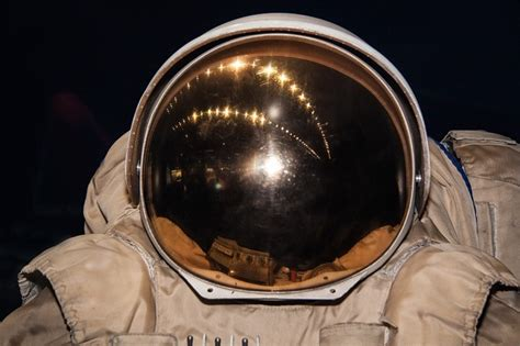 suit    fun facts  space suits  star