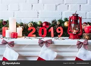 Weihnachten 2019 Mädchen : ann e 2019 signer avec guirlande no l bougies chaussettes ~ Haus.voiturepedia.club Haus und Dekorationen