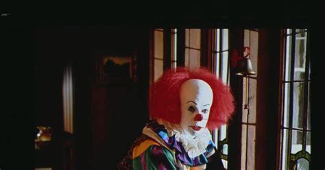 creepy clown haunts green wood cemetery  brooklyn ny