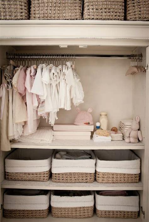 organiser chambre bébé organiser la chambre de bébé pinteres