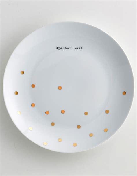 assiette cuisine des assiettes pas chères pour une vaisselle facilement