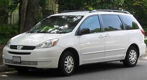 Toyota Sienna Pocket Reference Guide 2005