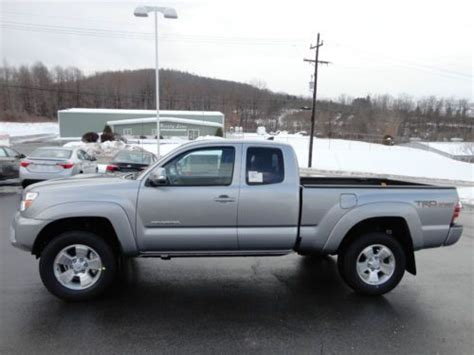 buy    tacoma access cab    speed manual trd sport wd hood scoop silver