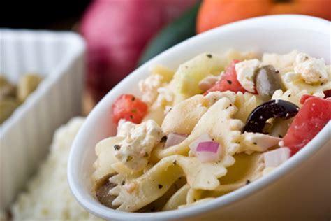 pates a la feta salade de p 226 tes 224 la feta et aux poivrons recettes 224 table