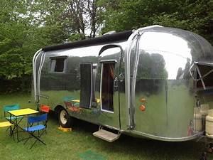 Salon Camping Car Paris 2016 : airstream vintage vacations caravane de luxe dans le p rigord noir ~ Medecine-chirurgie-esthetiques.com Avis de Voitures