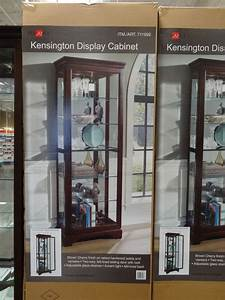 pulaski kensington display cabinet
