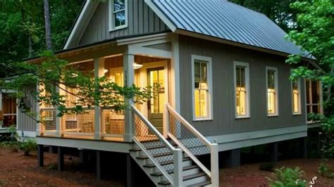 Small Homes : The Fontanel Bunkie