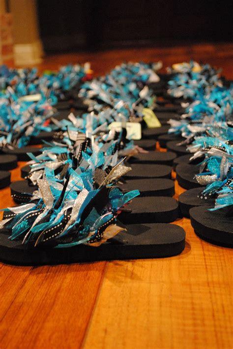 cute flip flops   similar