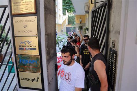 Consolato Greco In Italia by Blitz Tpo Al Consolato Greco Quot Facciamo Spazio Non