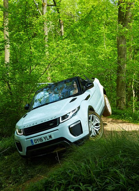 range rover s evoque convertible makes top luxury