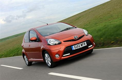 Toyota Aygo 1.0 Fire A/C first UK drive