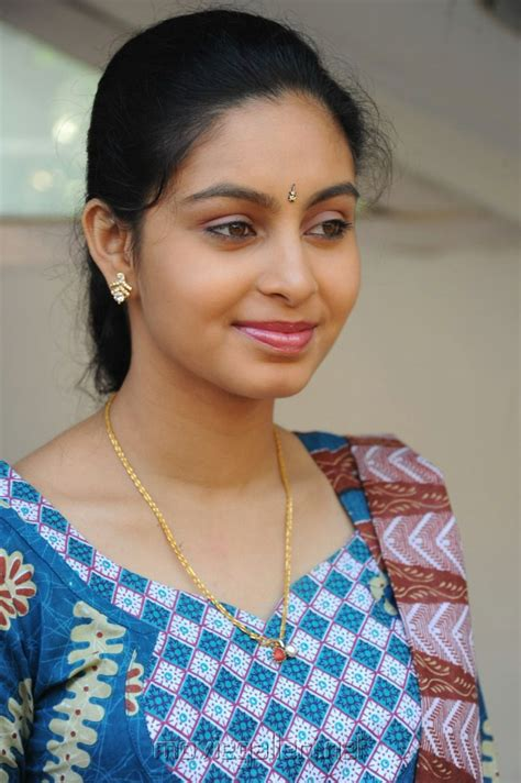 Photo And Wallpapers Latest Tamil Actress Abhinaya