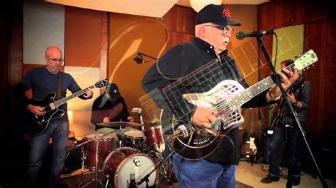 Steve Howell & The Mighty Men