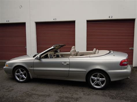 volvo  convertible pictures information