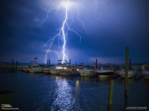 lightning struck  boat wallpapers  images
