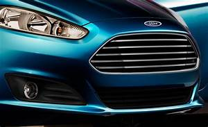 Ford Fiesta Kinetic Titanium  2014